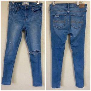Abercrombie & Fitch Blue Jeans Lighter Frayed 12 L
